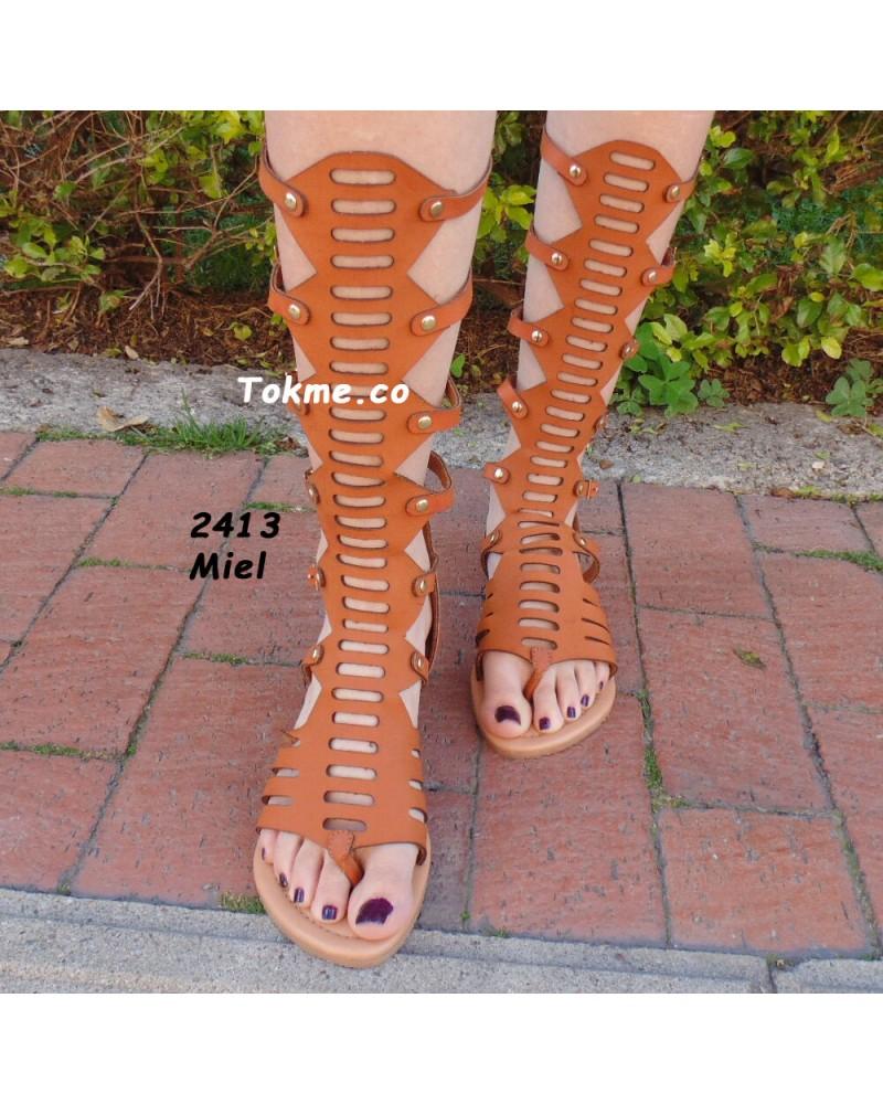 Sandalias Romanas, para Dama. Sarey, Largas. 32 cm de largo. Modelo 2413 miel.