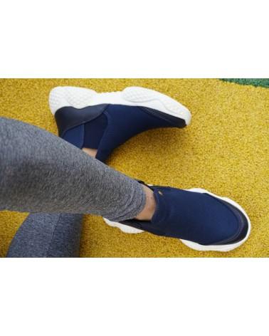 Tenis, suaves, livianos y flexibles, tipo botín, para Chicas. Azul 2705